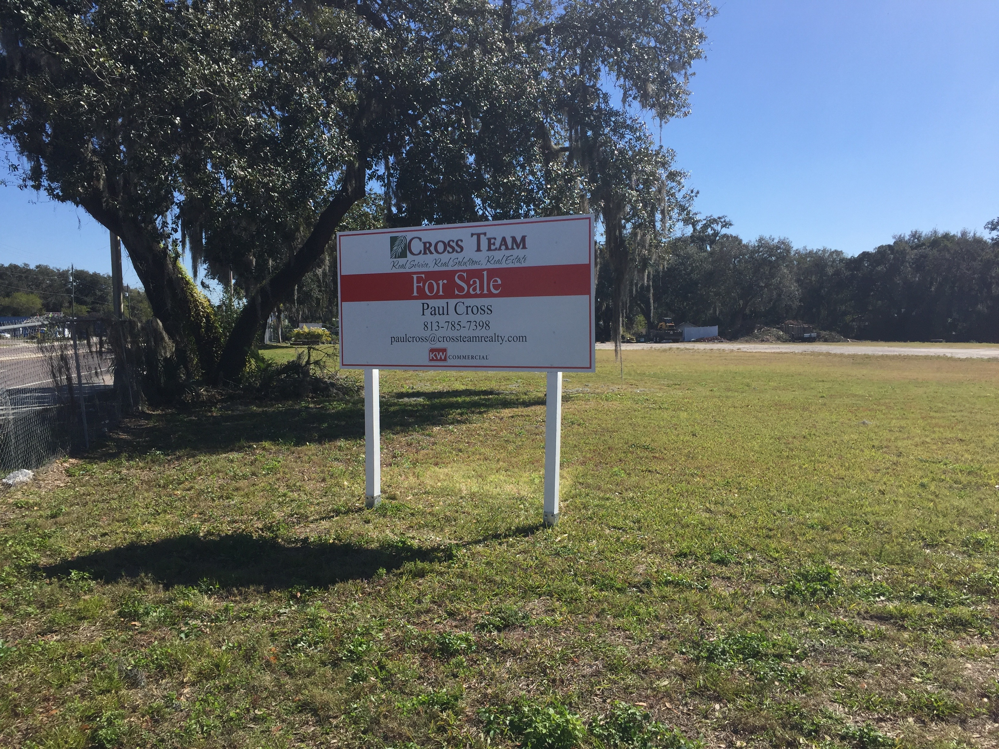 For Sale Sign In Tampa Fl For Paul Cross Kw Commercial